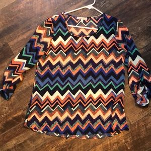 Adorable chevron pattern blouse
